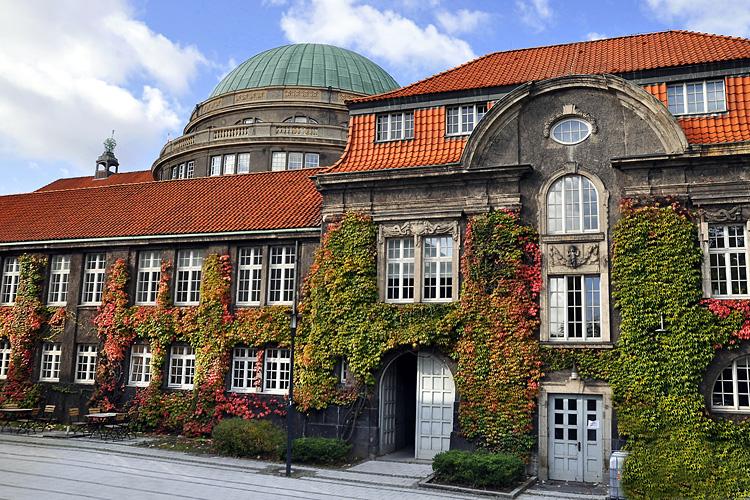 Opinions on hamburg university for Hamburg universitat